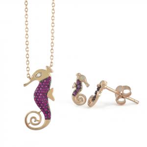 Juego Brilho Silver de plata cadena y topos caballito de mar con baño de oro rosa y microcircones fucsia