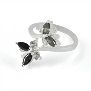 Anillo Brilho Silver de plata mariposa con piedras y circones