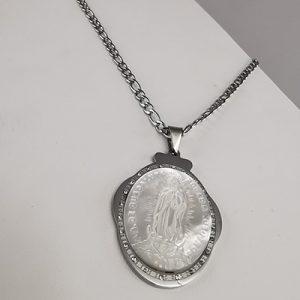 Set de acero quirúrgico 316 Brilho Steel con imagen de Virgen de Guadalupe en piedra nacar
